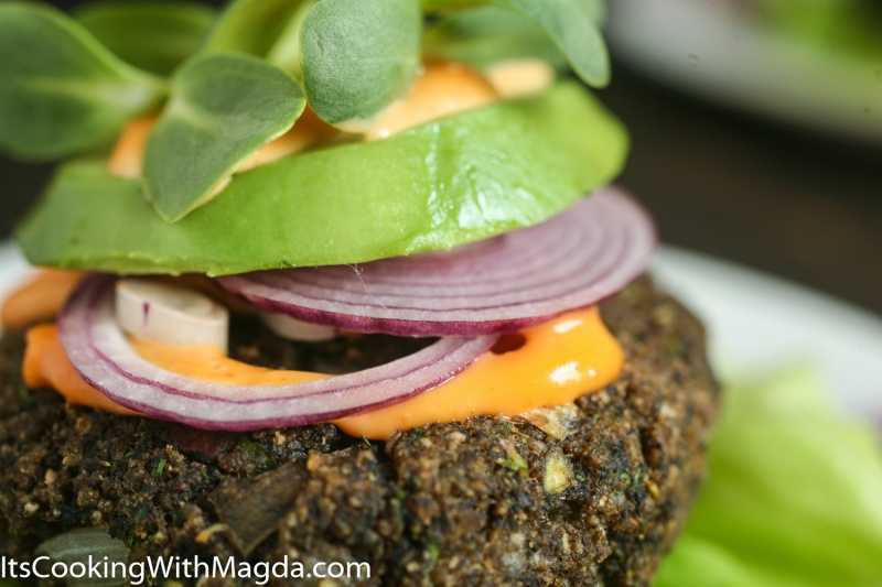 mushroom burger with sriracha mayo
