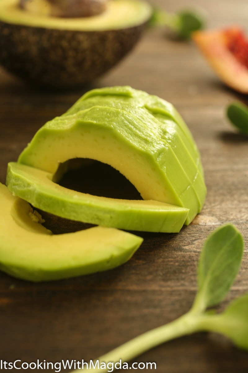 peeled and sliced avocado