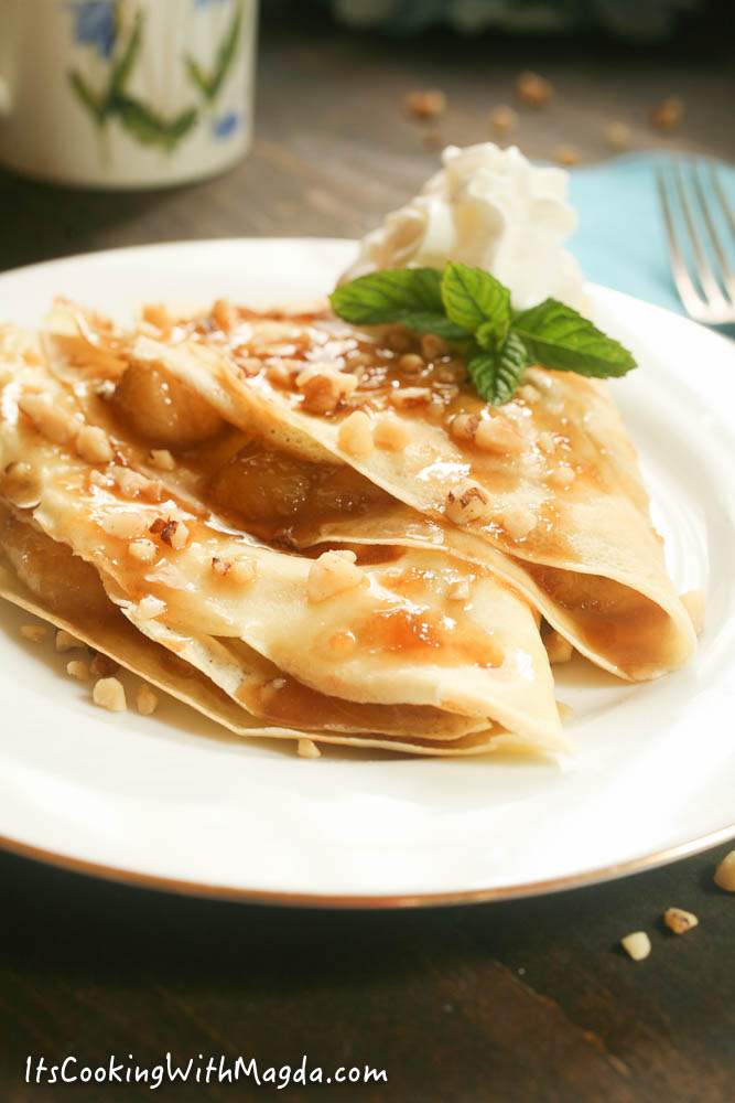 crepes with caramelized bananas and walnuts