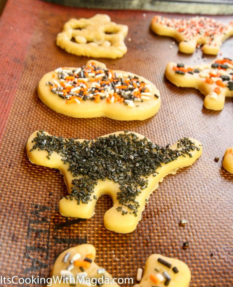 Black cat Halloween Cookie