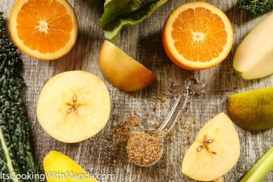 kale, orange, banana, pear, apple, flaxseed