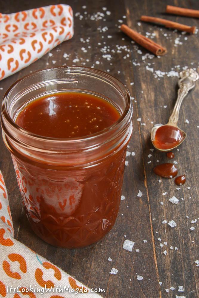 burnt caramel sauce in a jar