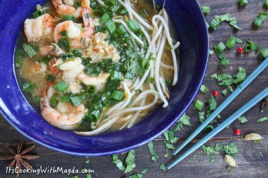 aromatic shrimp soup