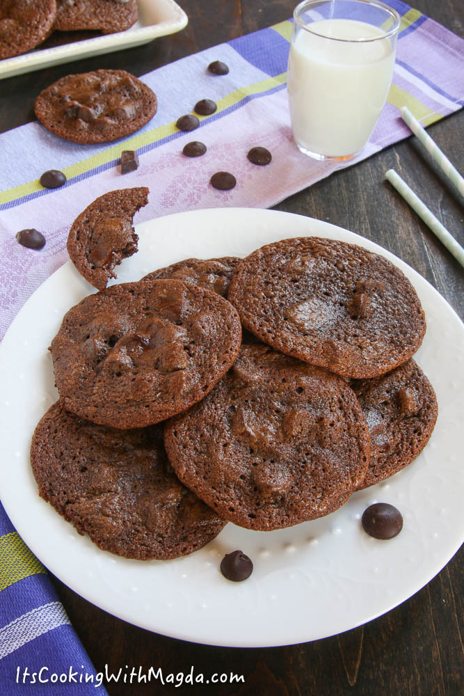 baked chocolate cookies on a white plate